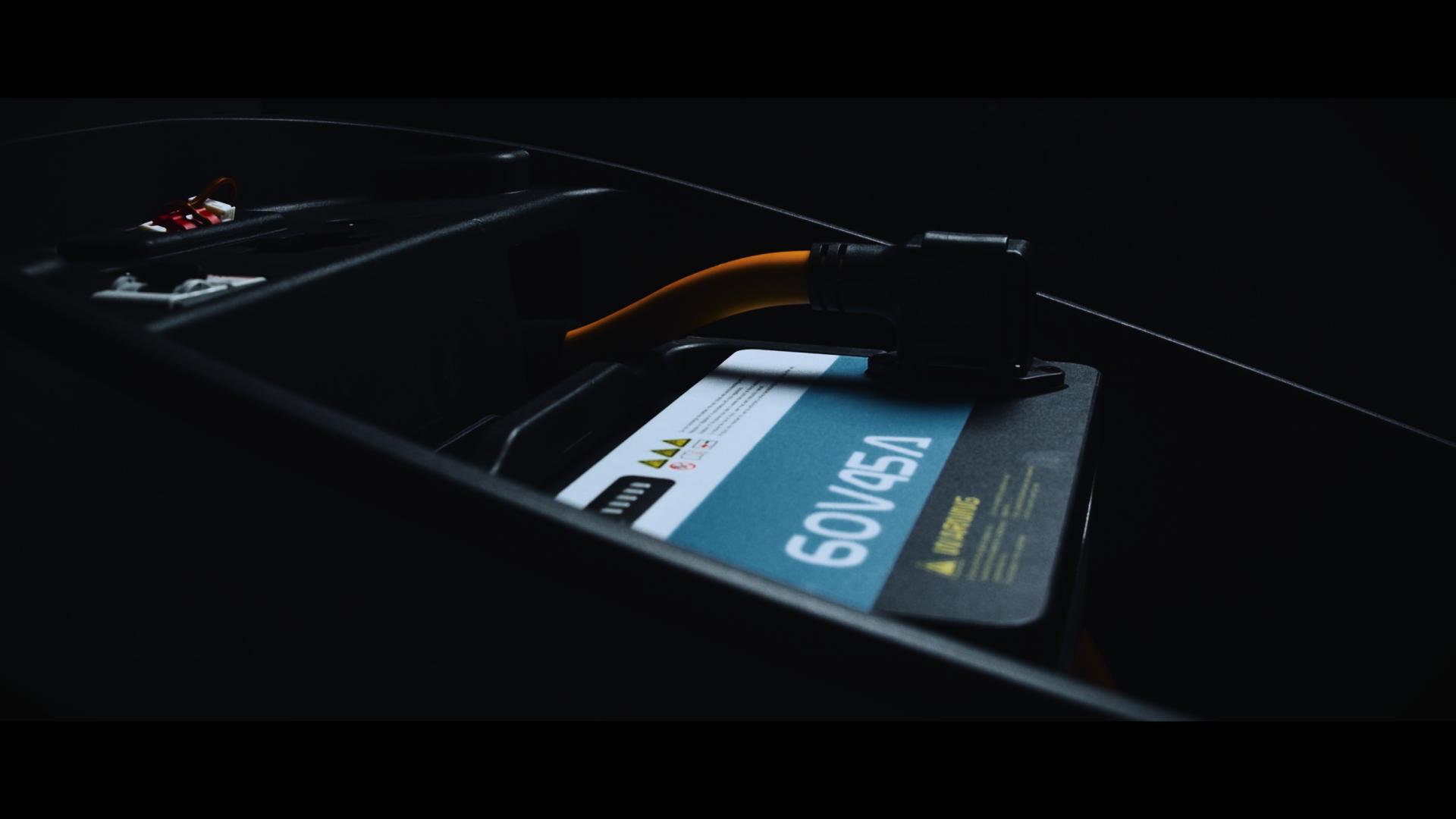 Super SOCO akkumulátor (videó)
